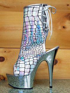 8ac3209d172 Delight 1018 HG Silver Hologram Ostrich Print Platform Ankle Boot Size 6 -  12. Totally Wicked Footwear