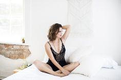 Boudoir Session- Kara Leigh Photography New Braunfels San Antonio Texas @karaleighphoto @karaleighboudoir #boudoir #boudoirphotography #karaleighphotography #photography #naturallightstudio www.karaleighphotography.com