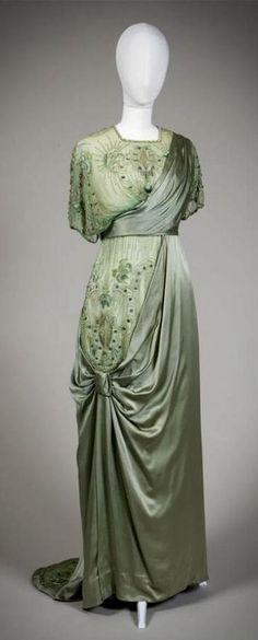 1900s Fashion, Edwardian Fashion, Vintage Fashion, Belle Epoque, Retro Outfits, Vintage Outfits, Vintage Gowns, Vintage Clothing, Edwardian Gowns