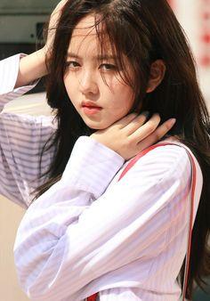 Young Talented Korean Actress, Kim So Hyun. Korean Actresses, Korean Actors, Korean Beauty, Asian Beauty, Korean Celebrities, Celebs, Kim So Hyun Fashion, Japanese Model, Kim Sohyun