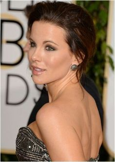 BEST JEWELRY FROM GOLDEN GLOBE AWARDS 2014 http://on.fb.me/M8Qo3j (facebook/oomphelicious) #Hollywood #OOMPH #indianfashion #indianfashionblogger #fashionblogger #Celebs #celebrity #oomphelicious #celebritystyle #goldenglobe #awards #jewelry #jewellery #necklace #earnings