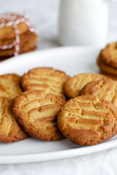 """I double the recipe as they disappeared too quickly."" – Kylie De ""I double the recipe as they disappeared Biscuits Au Caramel, Caramel Cookies, Biscuits Au Four, Baking Biscuits, Sweet Biscuit Recipe, Baking Recipes, Cookie Recipes, Easy Biscuit Recipes, No Bake Desserts"