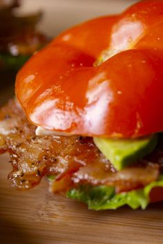 Tomato Bun BLT - bacon slices, black pepper, beefsteak tomatoes, romaine lettuce, avocado, mayo (would omit)