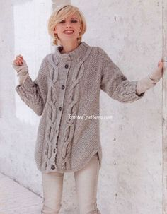 Cable pattern cardigan FREE pattern. Alpaca-mix, cables and feminine 3/4 sleeves. The oversized blouse-like cardigan is the perfect outerwear garment. So beautiful, yet practical. (1/3) (hva)
