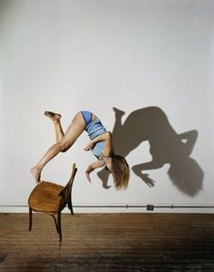 These self-portraits by Sam Taylor-Wood are truly inspiring. As she explores notions of weight and gravity, she places herself in situations...