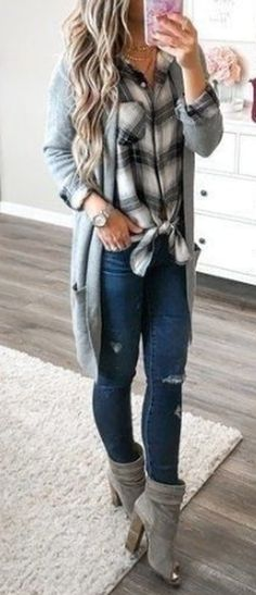 cute outfits for winter - cute outfits ; cute outfits for school ; cute outfits for winter ; cute outfits with leggings ; cute outfits for school for highschool ; cute outfits for women ; cute outfits for spring Cute Winter Outfits, Warm Outfits, Mode Outfits, Spring Outfits, Autumn Outfits Women, Ladies Outfits, Outfits For Women, Flannel Outfits Summer, Clothes For Women In 20's