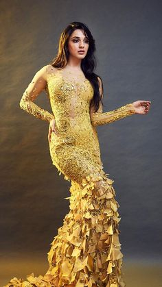 Killing Cocktail Party Dress Ideas for Brides and Friends: Don't Miss Bollywood Photos, Indian Bollywood Actress, Beautiful Bollywood Actress, Bollywood Stars, Bollywood Celebrities, Beautiful Indian Actress, Bollywood Fashion, Beautiful Actresses, Indian Actresses