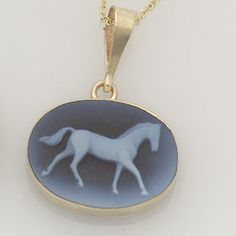 Trends for Spring: Horse Jewelry That Shines