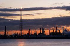 Haven Antwerpen by kartix, via Flickr