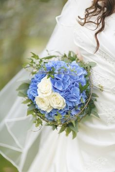 My wedding bouquet with Blue hortensia and white roses