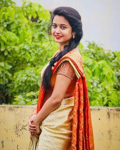 Indian Actress Hot Pics, Beautiful Indian Actress, Indian Actresses, Cute Beauty, Beauty Full Girl, Beauty Women, Photo Poses For Couples, Tamil Girls, Saree Models