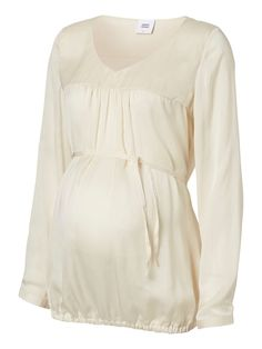 beautiful maternity shirt from mamalicious