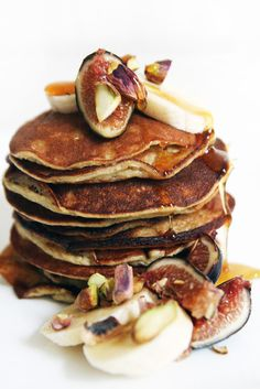 maca banana pancakes.