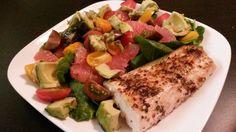 Mahi fish with spring salad (grapefruit, grape tomatoes, avocado)