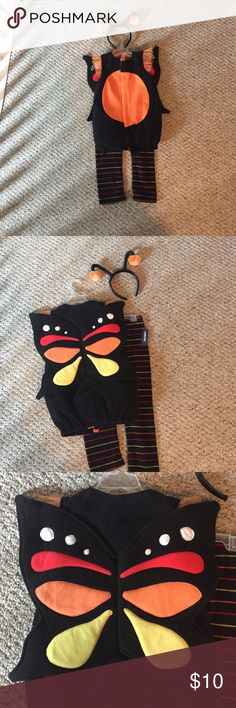BEAUTIFUL BUTTERFLY Fleece Costume BEAUTIFUL BUTTERFLY Fleece Costume; Old Navy 4T - 5T, three-piece set, pants still have original tags, only used the outfit and headband once. Great condition! Old Navy Costumes Halloween
