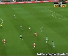 Abril: O Benfica venceu o Sporting por 2-0