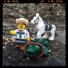 C O W G I R L   BBQ   Got him! Now let's go back home and have some BBQ!!! #LEGO #legophoto #legography #legostagram #legominifigures #legophotography #lego_hub #vitruvianbrix #brick_vision #brickcentral #brickshift #bricknetwork #brick_universe #tgif_lego #toyunion #toyartistry #toyslagram #toysoutdoor #toyphotography #toyslagram_lego #toyplanet #JustAnotherToyGroup #womenintoyphotography #toyphotographyisntjustforboys #toptoyphotos #toygroup_alliance #toydiscovery #brickpichub…