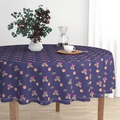 The luxe, heavy cotton sateen Malay tablecloth will elevate your round dining table with one-of-a-kind pattern and color. The Malay tablecloth is made of our durable, wrinkle-resistant, Luxe Cotton Sateen and features a double folded White Round Tablecloths, Circular Tablecloths, Victorian Flowers, Black Abstract, Round Dining Table, Kitchen Dining, Kilim Rugs, Spoonflower, Throw Pillows