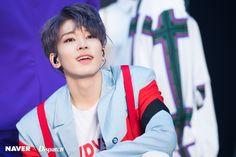 Wonwoo from Seventeen Woozi, Mingyu, Hip Hop, Wheein Mamamoo, Won Woo, Jeonghan Seventeen, Ft Island, Adore U, Big Group