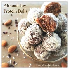 Raw Vegan Recipe for Almond Joy Protein Balls - Free from Gluten, Dairy & Refined Sugars. Perfect for a Quick Energy Boost! Vegan Candies, Raw Vegan Desserts, Raw Vegan Recipes, Vegan Treats, Almond Recipes, Vegan Snacks, Protein Recipes, Protein Foods, Vegan Food