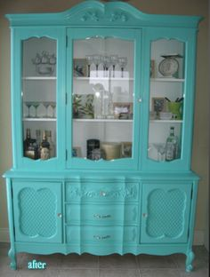 Teal hutch like this, tend to like the softer painted furniture colors though I'm finding Furniture Projects, Furniture Making, Furniture Makeover, Home Furniture, Dresser Makeovers, Furniture Design, Repurposed Furniture, Vintage Furniture, Painted Furniture