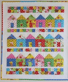 Berenstain Bears Quilt - Cheryl A - Picasa Web Albums Small Quilts, Mini Quilts, Children's Quilts, Patchwork Quilting, House Quilt Block, Quilt Blocks, Quilting Projects, Quilting Designs, Quilting Ideas