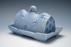 Kristen Kieffer Butter Dish, Periwinkle click the image or link for more info. Glazes For Pottery, Ceramic Pottery, Glazed Pottery, Pottery Mugs, Ceramic Clay, Ceramic Plates, Ceramic Butter Dish, Breakfast Specials, Pottery Designs