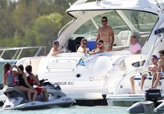 Chayanne's day on the boat - Pictures - Zimbio