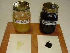 Un encaustico è un insieme di cere naturali e ne mescoliamo almeno due per aumentarne le caratteristiche positive. Se la cera d'api è morbida e vellutata la cera carnauba ....