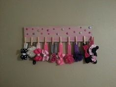 Old welcome sign, paint, pretties & clothes pins - BAM! refurbished to a headband holder