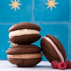 Choose between a trio of light and fluffy marshmallow fillings: fresh raspberry, peanut butter, or chocolate. Each recipe of cream is enough for one whole batch of whoopie pies.