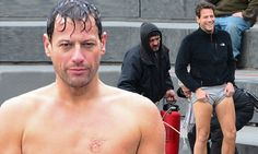 Ioan Gruffudd shows off his muscles on the set of Forever