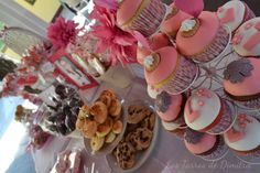 Mesa Dulce para Lucía Chocolate, Cake, Desserts, Food, Candy Buffet, Candy Stations, Mesas, Pie Cake, Meal