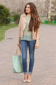 Shop this look on Kaleidoscope (jacket, jeans, blouse) http://kalei.do/XDtcMwuqSbl4Rl2S The mint green is so pretty for Spring and summer.