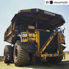 Most Crazy Construction CAT - Volvo - Kawasaki Heavy Construction Equipment, Construction Machines, Heavy Equipment, Giant Truck, Huge Truck, Dump Trucks, Big Trucks, Caterpillar Equipment, Cat Machines