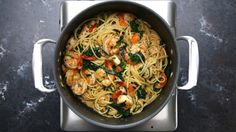 You can't go wrong with garlic, shrimp, spinach, and pasta. | This One-Pot Lemon Garlic Shrimp Pasta Will Make Your Dinner Dreams Come True