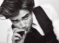 La verdad sí me gusta Robert Pattinson.