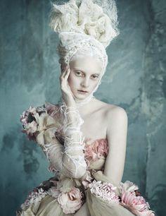 vogue 2014 03 12  223 Vogue Alemanha Abril 2014 | Dolce & Gabbana Haute Couture por Luigi+Iango  [Editorial]