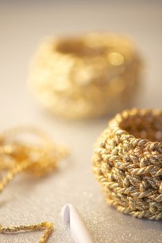 DIY Crochet Bracelet Tutorial - All you need is about 8-9 meters of gold or silver ribbon or cord, a crochet hook size 10mm or 12mm and a few minutes