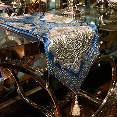 European luxury new classic two-color bronzing velvet gift Cheap Table Runners, Table Flag, European Fashion, European Style, Nautical Christmas, Chiffon Dress Long, Flower Shape, Wedding Sets, Belts For Women