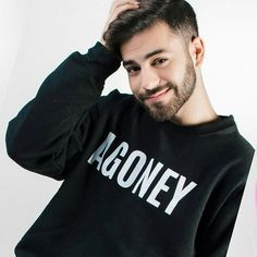 @agoney_ot2017 los que vayáis a la firma de Tenerife pasarlo genial y darle mucho cariño a Raoul y Ago!! #ot #operaciontriunfo #Agoney #raoul #ragoney #mireya #miriam #nerea #thalia #ricky #mimi #juanantonio #thalia #marina #roi #cepeda #aitana #amaia #alfred #followforfollow #like4like Thalia, Rick Y, Like4like, Fandoms, Celebrities, Mens Tops, T Shirt, Harry Potter, Fashion