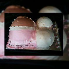 Hello Kitty Baby Shower Bump Cake