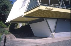 The McCraith House  1 Atunga Terrace, Dromana. constructed in 1955