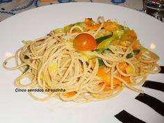 Cinco sentidos na cozinha: Esparguete integral salteado com legumes
