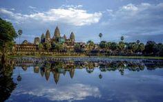 Cambogia: posto da scoprire per un sano relax In Cambogia noleggiate una bicicletta e vagate tra le rovine dell'Impero Khmer di Angkor Wat o percorrete le rive dell'impetuoso fiume Mekong al ritmo che più vi è congeniale. Sperimentate un'eco-avv #viaggi #mete #relax