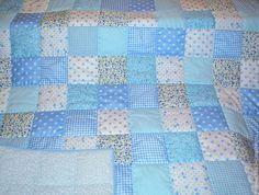 Купить Лоскутное одеяло детское - печворк, лоскутное одеяло, детское одеяло, голубое, подарок для малыша