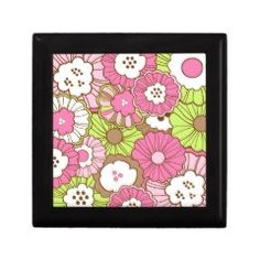 Pretty Pink Green Flowers Spring Floral Pattern Keepsake Boxes