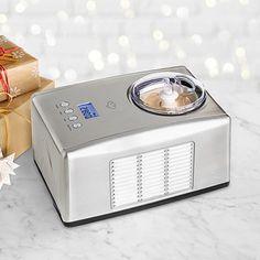 Geschenkidee: einen Eisvorrat für's ganze Leben- mit Eismaschine Emma von Springlane Kitchen