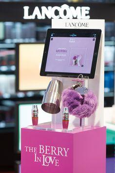 Design-retail-Podium Lancôme-Juicy Shaker et Energie de vie_By Leonard El Zein_12