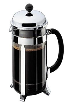 How to Use a French Press: Step-by-Step. Use water that is slightly cooler than boiling. Grind your own coffee beans. Use a coarse grind. Use 2 tablespoons of ground coffee for every 1 cup of water. Pour, stir, cover. Steep for 4 minutes. Press down on the plunger evenly and slowly. Pour and enjoy!